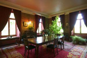 Dining room at Mornington House